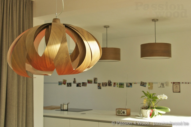 Interieur keuken - Tulip and drum light in walnut