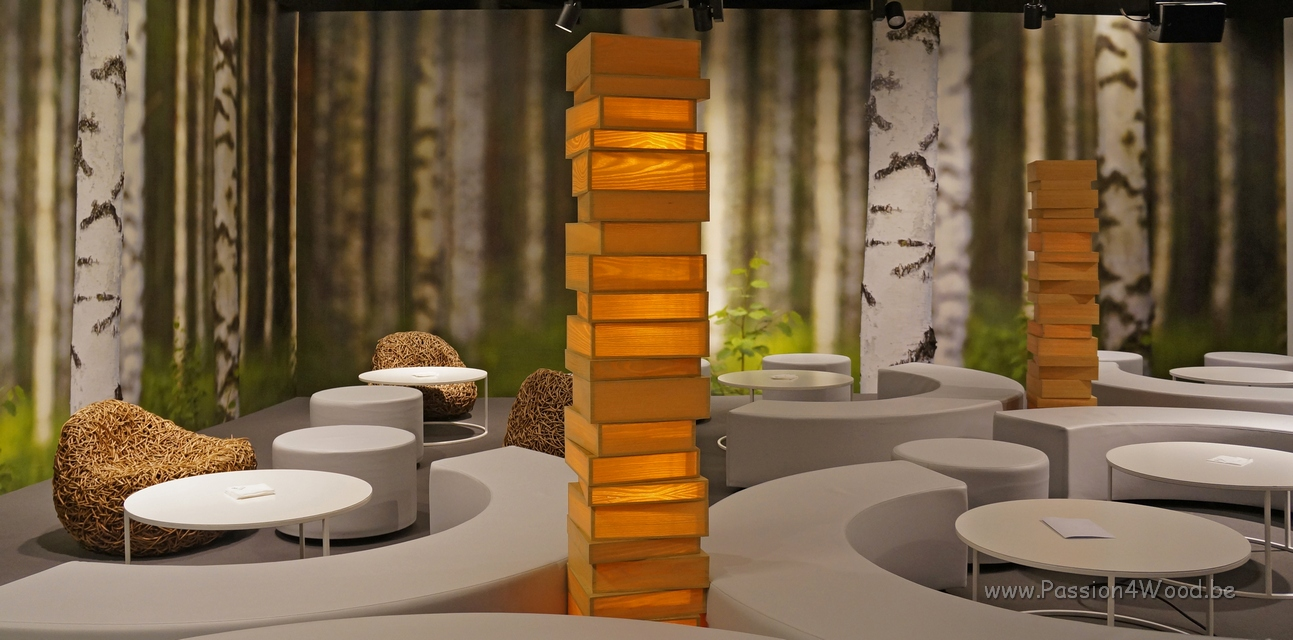 Horeca_beurs_2012_-_Vip_Room_-_book_lamps_in_ash_and_oak_wood