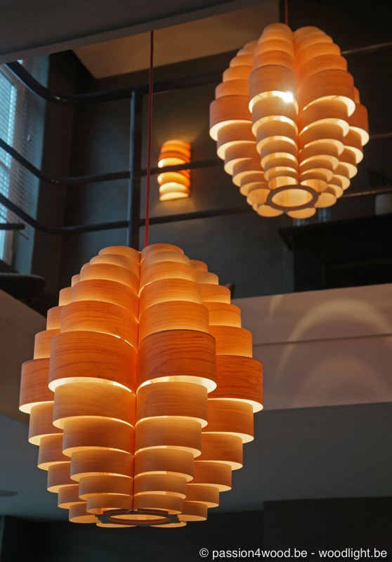 Glow pendant light in maple wood by passion 4 wood - woodlight.be