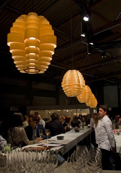 Pendal lighting in wood veneer in bistro above bar and tables in BIS expo_-_6