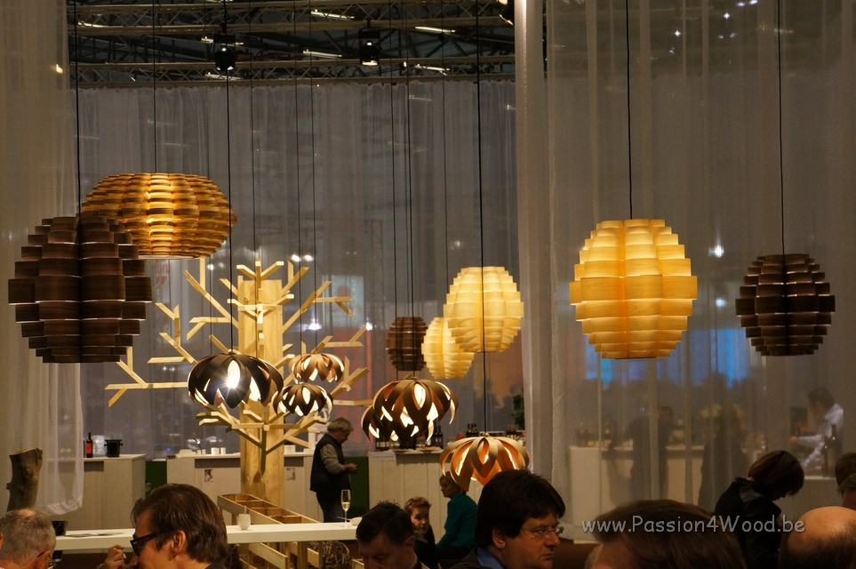 Horeca_beurs_2012_chefs_place_Tulip_and_glow_in_wenge_-_pine_-_maple_-_walnut_wood_-_4